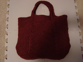 Cabled_tote8_small2