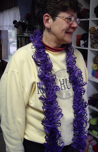 Ruffledspiralscarf-moda-20oct2011_medium