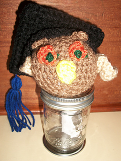 Wise_owl_graduate_small2