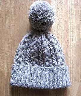 5f0b9fec7cb Ravelry  Super Cosy Cabled Beanie pattern by Suzie Sparkles