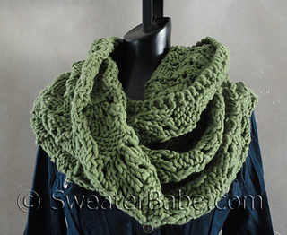 Ravelry 127 Soft And Chunky Infinity Scarf Pattern By Sweaterbabe