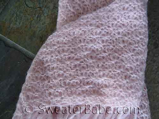 Pink_mohair_shawl_dtl_500_small2