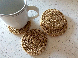 http://www.sweetsofties.com/2015/09/supersimplecupcoasters.html