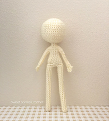 http://www.sweetsofties.com/2016/04/9-slender-doll-base.html