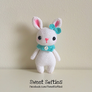 http://www.sweetsofties.com/2017/04/remi-rabbit-twee-toys-collectible-series.html