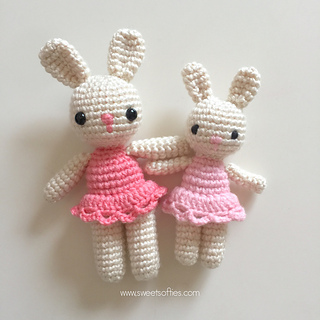 http://www.sweetsofties.com/2017/08/bunnies-in-dresses.html