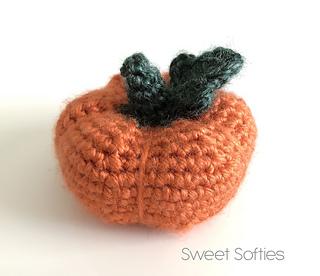 http://www.sweetsofties.com/2017/10/tiny-baby-pumpkin-free-crochet-pattern.html