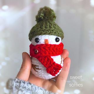 http://www.sweetsofties.com/2017/12/tiny-baby-snowman-free-crochet-pattern.html