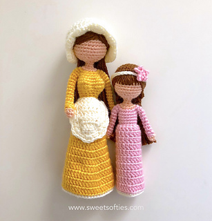 http://www.sweetsofties.com/2018/03/mother-daughter-dolls-inspired-by.html