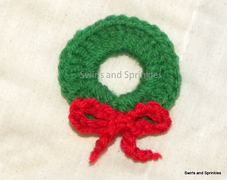 Ravelry Christmas Wreath Ornament Pattern By Becky Ferris