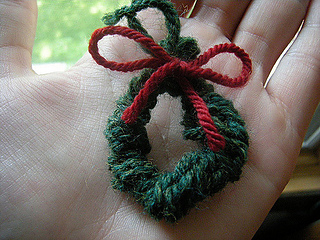 Ravelry Knitted Christmas Wreath Ornament Pattern By Barbara Breiter