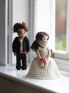 Ravelry: Mini Wedding Dolls - Dress and Suit pattern by