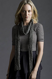 Freepat_greetings_2ball_scarf_in_ripple_small_best_fit