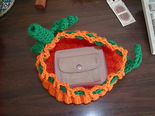Pumpkin_purse_open_small2