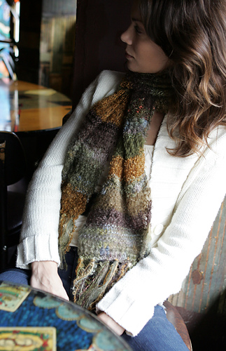 Textured_scarf_medium