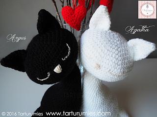 Gato Amigurumi Llavero : Ravelry amigurumi gatos cats agatha y argus pattern by tarturumies