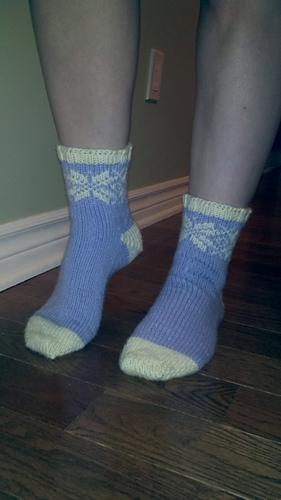 Ravelry: Snowflake Socks pattern by Tanya Elizabeth
