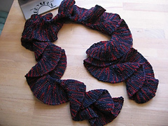 Twisted_knockout_scarf_small