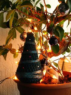 Crochetchristmastree2_zps8d6ce5dd_small2