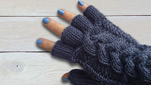 Thumbnail_-_plaited_cabled_gloves_a_small_best_fit