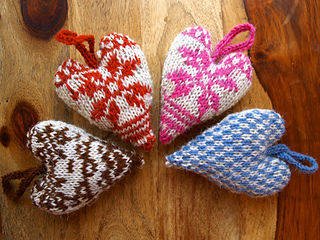 Free #knitting pattern \\ Fair Isle Heart \\ http://ow.ly/Y0jov #valentinesday