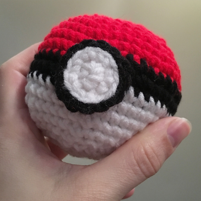 Ravelry: PokemonGO! Pokeball Amigurumi pattern by Cassandra Bartley