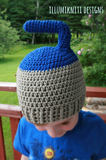 Curling_hat_1_small2