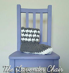 Houndstooth_slipper_boot_-_free_crochet_pattern_-_the_lavender_chair_small