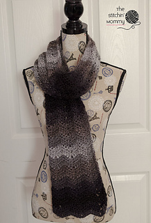 Ombre_chevrons_scarf_2_small2