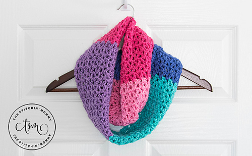 Berry_cakes_infinity_scarf_2_medium