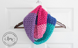 Berry_cakes_infinity_scarf_2_small_best_fit