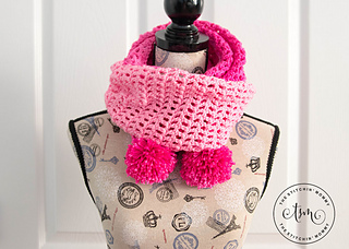 Pretty_in_pink_scarf_2_small2