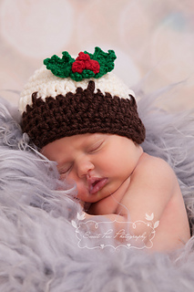 Ravelry  Christmas Pudding Hat pattern by Thomasina Cummings Designs c97b91d9d0d2