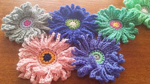 Ravelry Gerbera Garden Blanket Pattern By Kuuyu Patterns