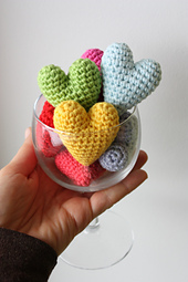 Amigurumi_heart_free_pattern_tutorial_diy_toast_to_love_small_best_fit