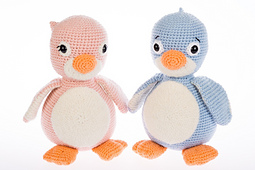 Amigurumi_penguin_pattern_crochet_small_best_fit