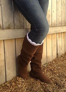 White_ruffled_boot_cuffs_small2