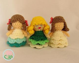 Amigurumi Russian Doll Pattern : Ravelry amigurumi mini princess dolls pattern by tamara lazaridou