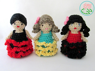 Amigurumi_flamenco_dancer_2_small2