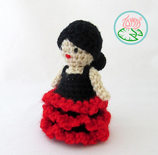 Amigurumi_flamenco_dancer_5_small2