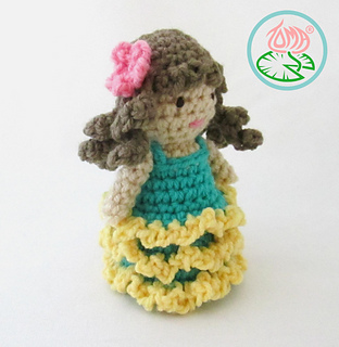Amigurumi_flamenco_dancer_4_small2