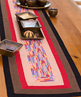 Square_on_square_table_runner_small2