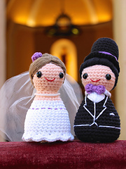 Happy_bride_and_groom_amigurumi_crochet_pattern_by_tremendu_1_small