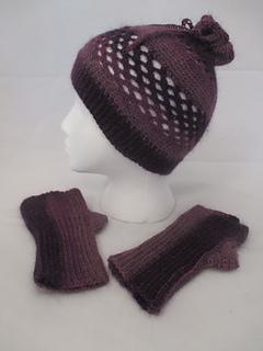 3434ecb3082 Ravelry  Convertable Hat   Fingerless Mit Set pattern by Suzi Quillen