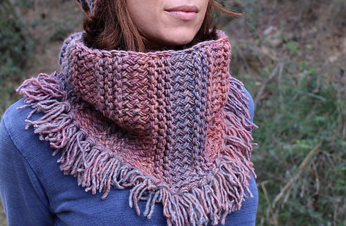 Ravelry Loom Knitted Fall Scarf Cowl Pattern By Mireia Marcet Classy Scarf Loom Patterns