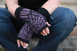 Twilightmitts1_small2