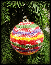 Christmas_balls_014_small_best_fit