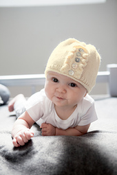 163_cgenevehoffmanphotography_claireababyhat_oneskeinforbabies_small_best_fit