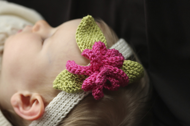 Ravelry Flowered Baby Headbands Pattern By Sarah Grieve
