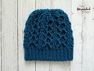 bc3b7074d87 Ravelry  Honeycomb Cabled Beanie pattern by Heather J Anderson